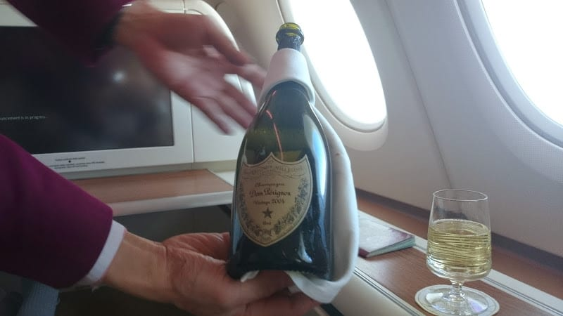 tg first dom  - REVIEW - Thai Airways : First Class - Bangkok to Tokyo (A380)